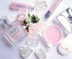 春のモテテクは桜の香り恋が実る魔法のアイテム6選
