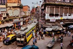 I'd go back to Kolkata even though it's absolutely crazy! Grand Trunk Road   Steve McCurry