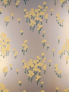 Scatter Daisy by Florence Broadhurst FBW-FL35, in Emerald Pearl/Light Shimmery Yellow, Paper base Matt Brushed Silver