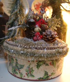 Christmas Cottage Box.  Cottage Shabby Chic by KellyDealDesigns