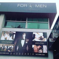 Hoje dia 24\05 dia da padroeira de Goiânia feriado mas estaremos aberto até às 16 horas galera então corra e agende agora seu horário e garanta o visual renovado !!! @barbeariaformen um lugar feito para eles!!!! #feriado#trabalhar#barbearia#top#open#vamoscortarcabelo#formen#rodrigohairbarber#deusnocomando#padroeira#goiania by rodrigo_hairbarber http://ift.tt/1YV3Nvm