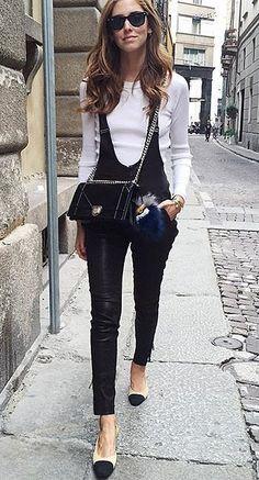 Skinny black overalls and a white top paired with Chanel flats Estilo Beatnik, Beatnik Style, Leather Overalls, Leather Jumpsuit, Black Overalls, Love Fashion, Fashion Outfits, Feminine Fashion, Fashion Weeks