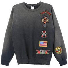 MadeWorn Guns N Roses Patch Sweatshirt (€205) ❤ liked on Polyvore featuring tops, hoodies, sweatshirts, rose tops and rosette top