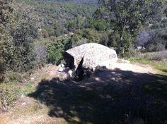Publicamos un nido de ametralladora en Navalagamella. #historia #turismo http://www.rutasconhistoria.es/loc/nido-de-ametralladora-navalagamella-2