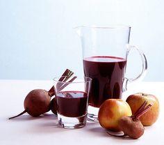 Roter Vitaminbooster aus dem Entsafter: Rote Bete und Apfel