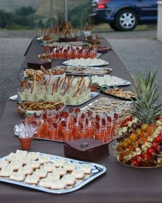 Organize a buffet for 50 people – Aperitif Tapas, Buffets, Catering, Party Finger Foods, Party Buffet, Brunch Party, Antipasto, Food Presentation, Food Truck