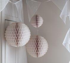 Decorations - Pompom & Twiddle