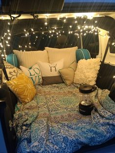 Jeep Camping - Jeep Camping You are in the right place about Jeeps ideas Here we offer you the most - Jeep Camping, Jeep Wrangler Camping, Yellow Jeep Wrangler, Camping Glamping, Camping Date, Motorcycle Camping, Camping Packing, Camping Hacks, Auto Jeep