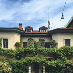 Dream home #photo #iphonography #pic #house #nature #picture #villa #snapshot #light #beautiful #instagood #sun #photooftheday #color #all_shots #exposure #milano #focus #capture #moment #details #urban #mymilano #landscape #architecture #green #streetphotography #igersmilano #milaninsight #milanodavedere by lamargheee