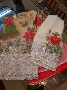 Embroidery Suits Punjabi, Hand Embroidery Dress, Embroidery Suits Design, Gota Patti Suits, Gota Patti Saree, Designer Punjabi Suits, Indian Designer Wear, Cotton Saree Designs, Blouse Designs