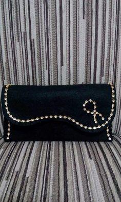 Felt Wallet, Felt Purse, Felt Bags, My Bags, Purses And Bags, Flower Bag, Craft Show Ideas, Purse Patterns, Zipper Bags