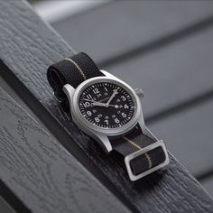 Hamilton Khaki Navy, Best Looking Watches, Band B, Skeleton Watches, Nato Strap, Beautiful Watches, Watches For Men, Men's Watches, Shopping