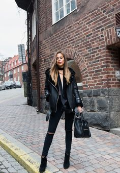 Тренд: черная куртка-дубленка 11