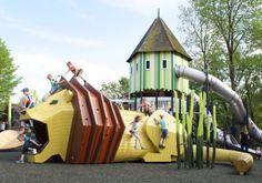 Amazing Playgrounds to Wake Up Kids' Imagination - Petit & Small Playground Design, Backyard Playground, Playground Kids, Play Spaces, Kid Spaces, Landscape Architecture, Landscape Design, Cool Playgrounds, Parc A Theme