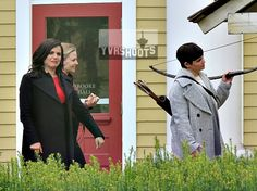 "Jennifer Morrison, Lana Parilla and Ginnifer Goodwin - Behind the scenes - 6 * 1 ""The Savior"" - 12th July 2016"