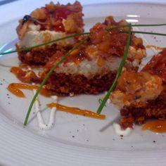 κρητικό αλμυρό τσις-κεικ με παξιμάδι κρέμα τυριών και γαρίδες
