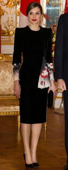 Queen Letizia - #Japan - #Armani Privé dress - #Japanese inspired