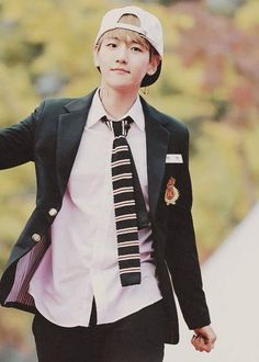 EXO BAEKHYUN Wanted him to be one of my classmates..