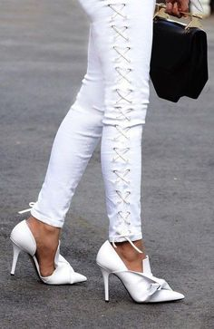 White Sophisticated Pumps                                                                             Source