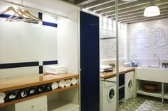 Lavanderia ou Área de Serviço? - Acervo de Interiores   Stinky Towels?   Smelly Laundry?  http://WasherFan.com   Permanently Eliminate or Prevent Washer & Laundry Odor with Washer Fan™ Breeze™  #Laundry #WasherOdor#SWS