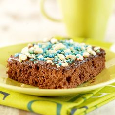 Mokkapalat   K-ruoka #lastenkutsut Cereal, Good Food, Cooking Recipes, Cupcakes, Baking, Breakfast, Party, Desserts, Soccer