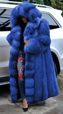 Faux Fur Hooded Coat, Fox Fur Coat, Blue Fur Coat, Super Long Coats, Winter Fur Coats, Winter Parka, Fur Coat Fashion, Mens Fur, Fur Clothing