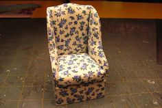 SIMPLE 1 INCH SCALE UPHOLSTERED CHAIR FROM POSTER BOARD - How to make a simple 1 inch scale dollhouse upholstered chair from poster board.