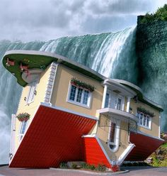 Upside-Down House in Niagara Falls, Ontario, Canada - Built by Marek Cyran and Adam Nielbvowicz in 2012.