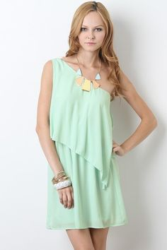 Cute mint dress!