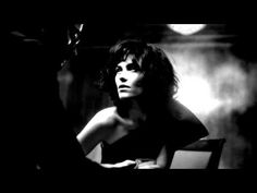 Beth Hart & Joe Bonamassa - Your Heart Is As Black As Night - YouTube