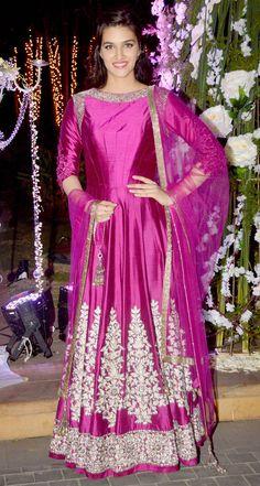 Kriti Sanon : Photos: Manish Malhotra's niece Riddhi's sangeet, a star-studded affair Bollywood Dress, Bollywood Fashion, Anarkali Dress, Lehenga Choli, Anarkali Suits, Indian Dresses, Indian Outfits, Pakistani Outfits, Indian Bridal Lehenga