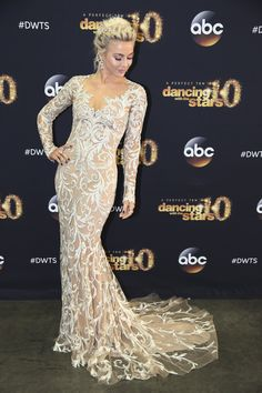 DANCING WITH THE STARS: THE RESULTS - 'Episode 2009A' - 'Dancing with the Stars: The Results' continued on TUESDAY, MAY 12 (8:00-9:00 p.m., ET). At the end of the night, one couple went home and three couples advanced to the finals.  (Photo by Adam Taylor/ABC via Getty Images)JULIANNE HOUGH via @AOL_Lifestyle Read more: https://www.aol.com/article/entertainment/2017/03/06/julianne-hough-fitbit-interview/21874005/?a_dgi=aolshare_pinterest#fullscreen