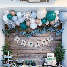 A woodsy winter woodland party isn't complete without fresh pine trees, pine cones, and bubbly balloons! Complete any woodland party with a balloon garland kit! winter woodland party ideas and decor baby shower DIY Balloon Garland Kit Baby Shower Decorations For Boys, Boy Baby Shower Themes, Baby Shower Gender Reveal, Baby Shower Games, Baby Shower For Boys, Boy Baby Showers, Baby Shower Balloon Ideas, Babyshower Themes For Boys, Baby Shower Winter