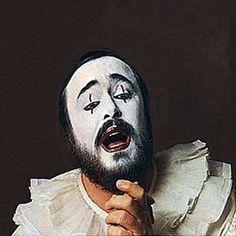 Luciano Pavarotti  Carsten JarsZeejayBambi. Love.