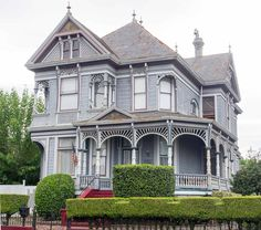 50 Finest Victorian Mansions and House Designs in the World Photos