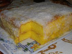 Other Recipes, Sweet Recipes, Cake Recipes, Dessert Recipes, Portuguese Desserts, Portuguese Recipes, Good Food, Yummy Food, Homemade Cakes