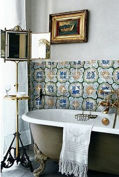 bathroom caustic tile