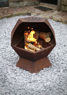 Decahedron Barbecue and Fire Pit with by DigbyScottDesigns