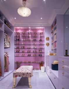 one of my dream closets.                             Jamie Drake: Kips Bay Showhouse 2007