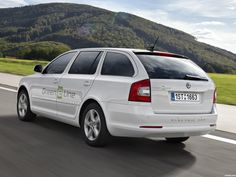 Skoda octavia green e line test car 2012