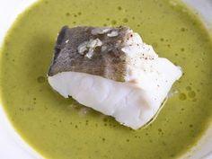 Receta | Abadejo con caldo de grelos y panceta ibérica - canalcocina.es