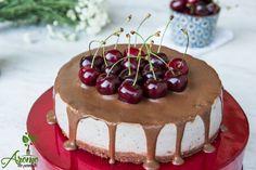 Tort cu cirese si glazura de ciocolata - Arome de poveste