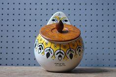 Vintage Jie Gantofta tea jar via @hisforhome
