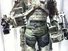 See Tom Cruise and Emily Blunt's mecha suits from Edge of Tomorrow