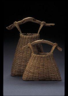 June Omaha Summer Arts Festival - Artist: Martha Monson Lowe from Decorah, Iowa Weaving Projects, Weaving Art, Hand Weaving, Old Baskets, Wire Baskets, Willow Weaving, Basket Weaving, Paper Basket, Fabric Basket