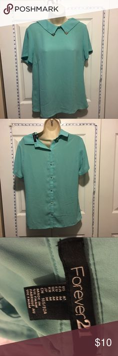 30% Off Bundles Teal Chiffon Blouse Great condition. No marks or stains. Add three more items to your bundle for 30% off. Forever 21 Tops Blouses