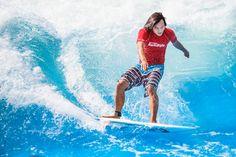"""Tao Schirrmacher, der """"Surf-Ninja"""""""