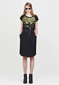 Falling T-Shirt, Kate Sylvester Style Inspiration, My Style, Skirts, T Shirt, Shopping, Black, Dresses, Fashion, Vestidos