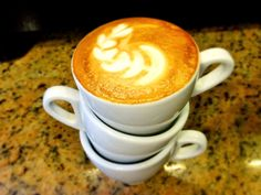 A R O M A  D I  C A F F É   Disfruta de la maravillosa atención personalizada que tenemos para ti.  Comparte grandes momentos en: #AromaDiCaffé  Latte Art by: @irvin_gonzalezo.o . . #MomentosAroma #SaboresAroma #ExperienciaAroma #Caracas #MejoresMomentos #Amistad #Compartir #Café #CaféVenezolano #CaféTurco #Cezve #PrensaFrancesa #Capuccino #LatteArt #Coffee #FrenchPress #CoffeePic #CoffeeLovers #CoffeeCake #CoffeeTime #CoffeeBreak #CoffeeAddicts #CoffeeHeart #InstaPic #InstaMoments…