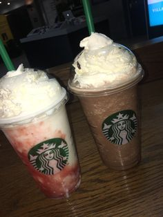 Starbucks Secret Menu Drinks, Starbucks Coffee, Smoothie Drinks, Smoothie Recipes, Yummy Drinks, Yummy Food, Healthy Drinks, Starbucks Snapchat, My Coffee Shop